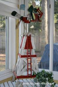 Easy decorating ideas - whimsical windmill