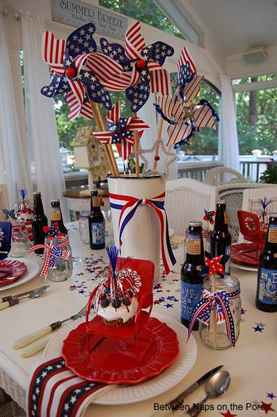 4th of July celebration using pinwheels as a centerpieces