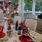 4th of July tablescape by Between Naps on the Porch