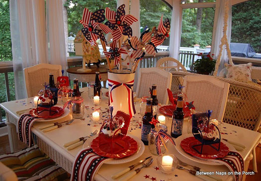 4th of July candle lit tablescape
