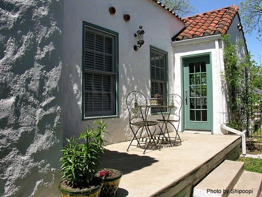 Southwest porch designs southwest design spanish for Mexican porch designs