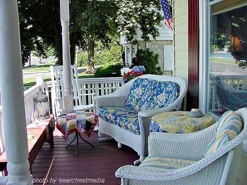 Porch furniture porch accessories outdoor furniture for Small porch furniture