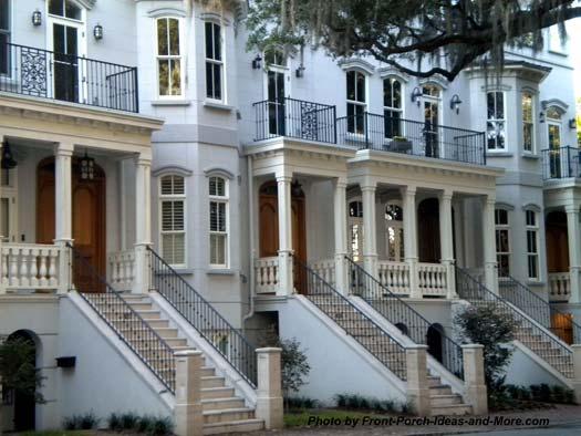 beautiful row houses in Savannah