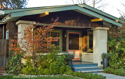 Front porch columns vinyl porch posts for Bungalow porch columns