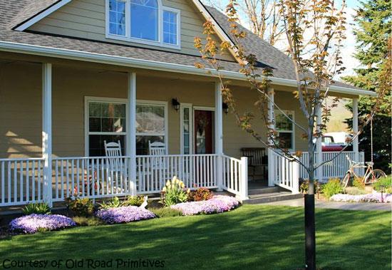 Kim's springtime porch - Old Road Primitives