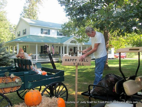 Judy's husband made the wagon the sign for their autumn decor