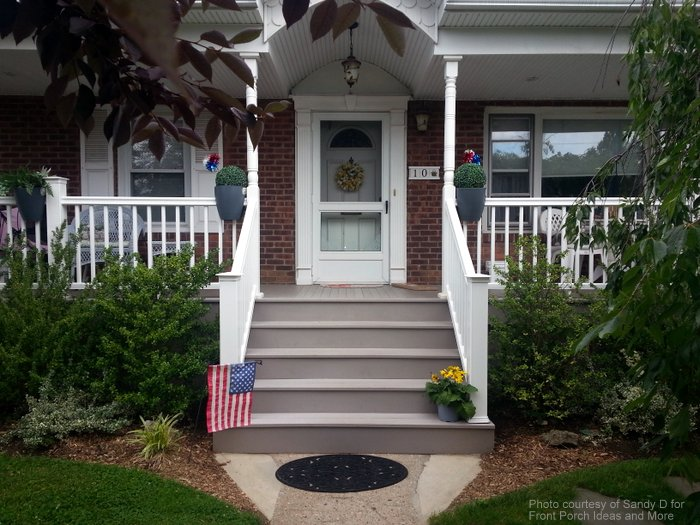 Sandy's beautiful Cape Cod home with her new porch