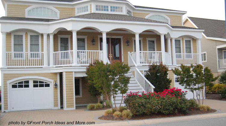 Beach house porch with romansque style columns