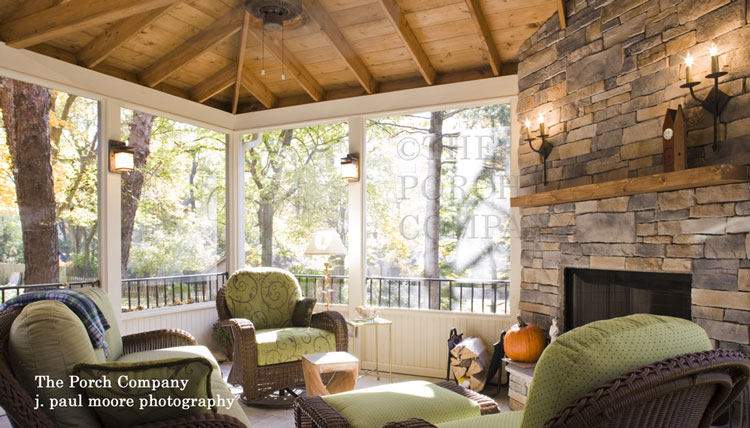 enclosed screen porch elegantly furnished