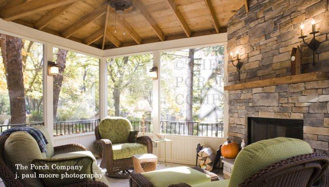 enclosed screen porch elegantly furnished