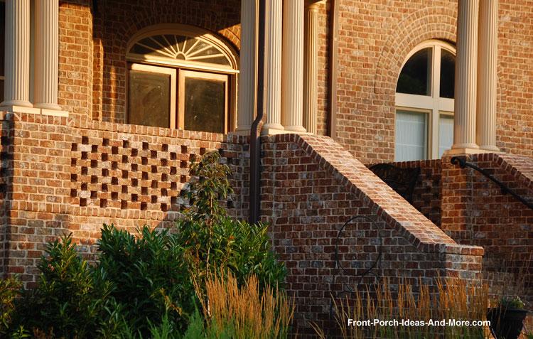 open spaced brick kneewall