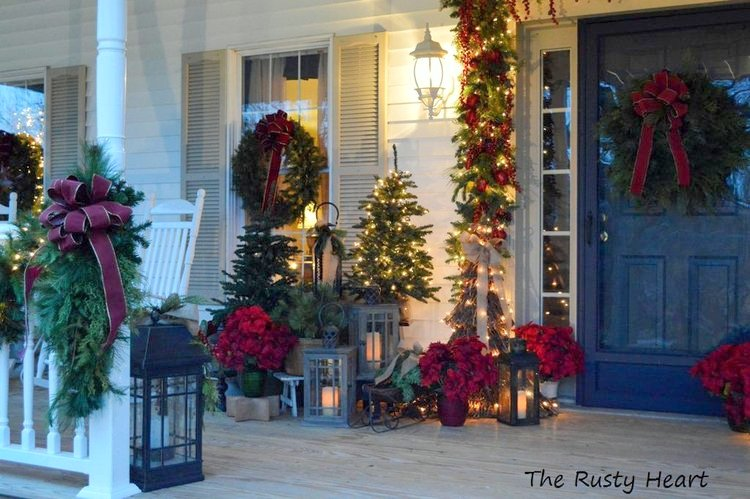 sparkling lights and lanterns make for an amazing christmas scene