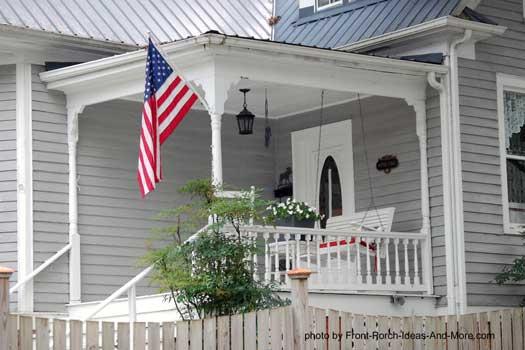 a most charming front porch Abingdon VA