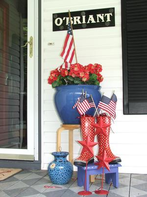 Beth's Patriotic porch decorations - with patriotic blue flower pot
