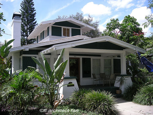 typical California bungalow design