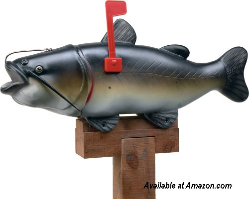 River's Edge Catfish Mailbox from amazon.com