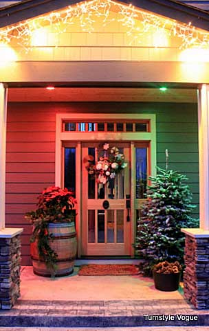front door holiday display