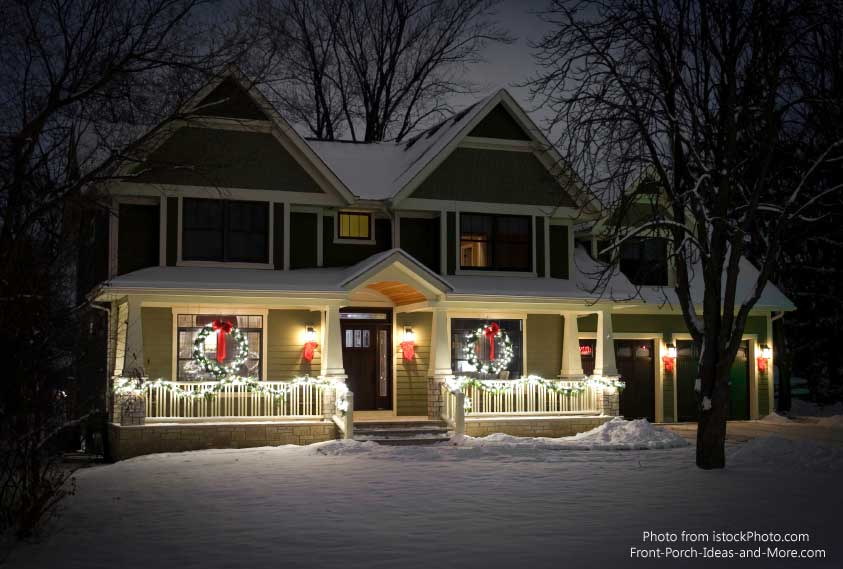 Outdoor christmas decorations bring holiday joy for Easy front porch christmas decorations
