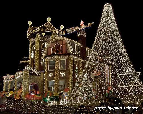 home decorated with holiday lights - Exterior Christmas Lights Ideas