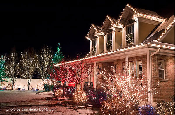 Gallery Of Houses Decorated With Christmas Lights
