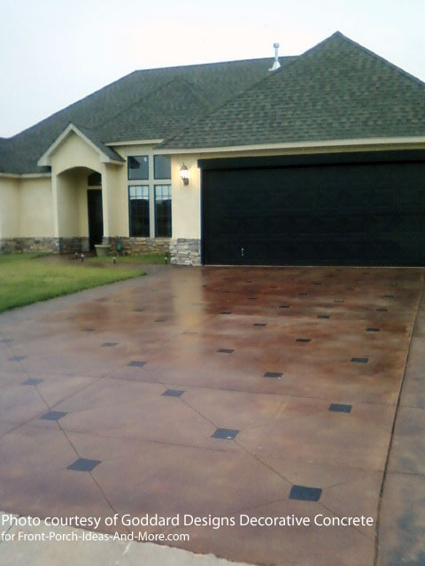custom stained driveway
