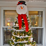 Snowman Christmas tree from Cottage at the Crossroads