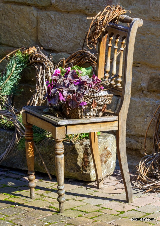 country chair with flowers
