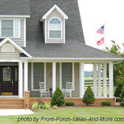 farmhouse porch design with multiple column design