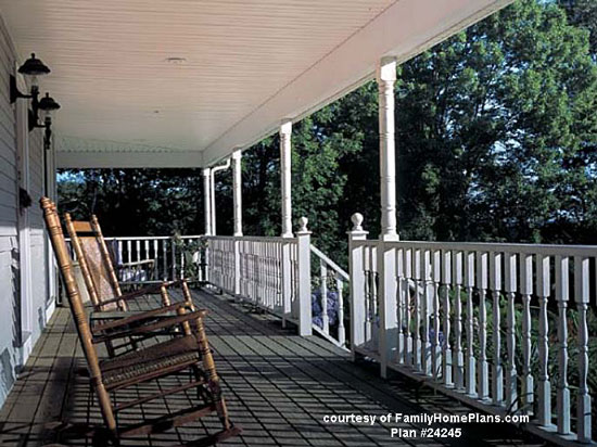 front porch built from FamilyHomePlans.com #24245