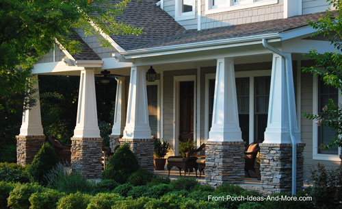 Craftsman Style Tapered Wooden Columns On Contemporary Home