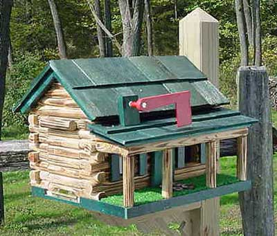 Unusual mailboxes - log cabin
