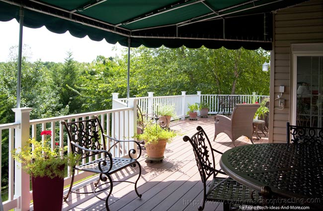 spacious back deck with awning