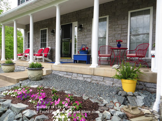 Super Porch Decorating with Red   Easy Decorating Ideas TW99