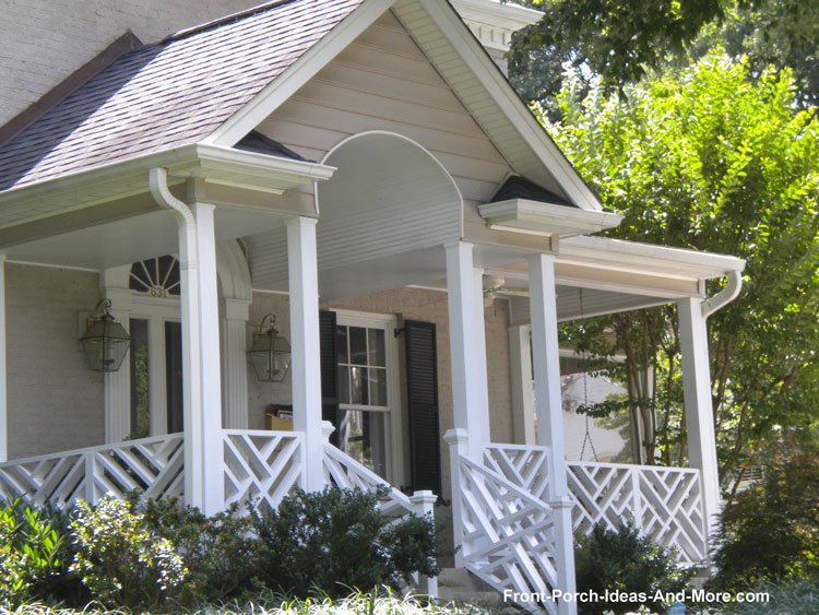 Great Diagonal Wood Railings On Front Porch