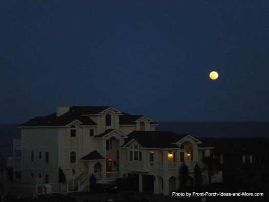 moon over the ocean in Duck NC