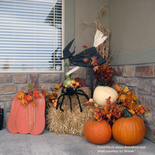 fall display on front porch - Halloween Display Ideas