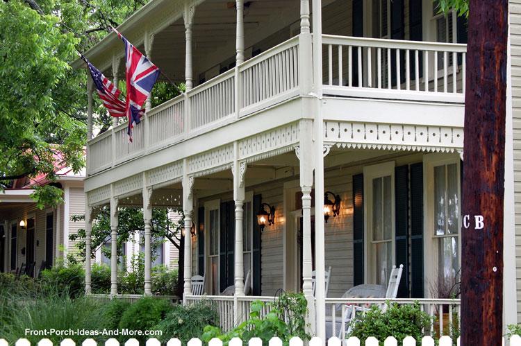 large front porch in Fredericksburg TX