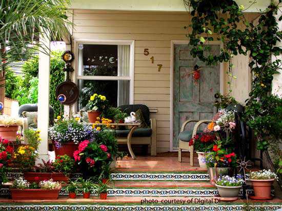 the tile steps make this porch very appealing