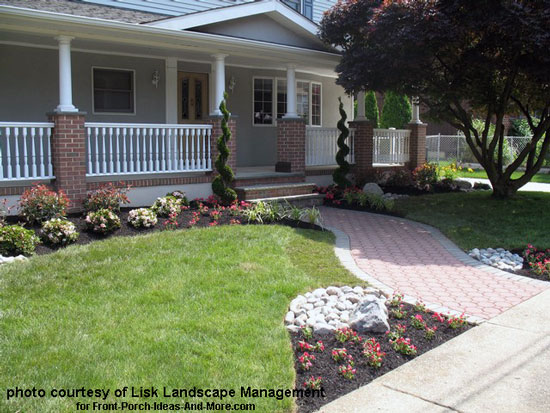 Pics for landscaping ideas around front porch for Small front porch landscaping ideas
