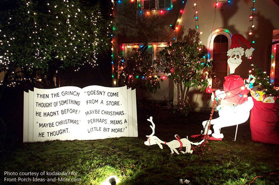 i wonder if the grinch was painted by the homeowners isnt he very cute - The Grinch Themed Christmas Decorations