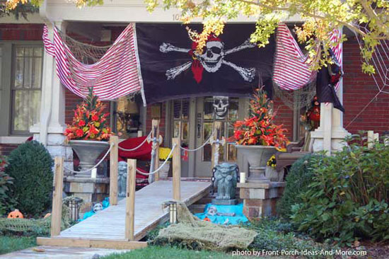 Halloween decorating pirate-style