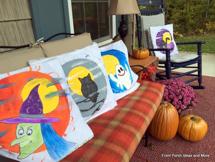 Halloween pillow toppers we painted.