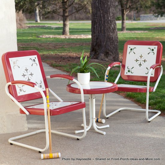 Retro metal bistro set