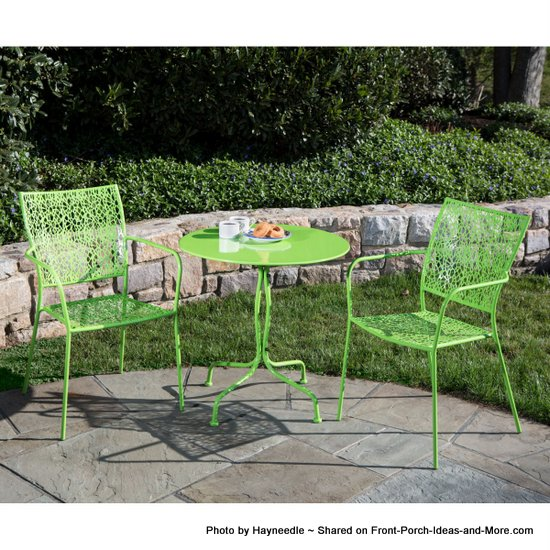 Martini patio bistro set in key lime