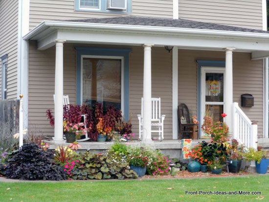 holdrege nebraska country porch with rocking chairs
