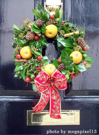 pleasing holiday wreath designs