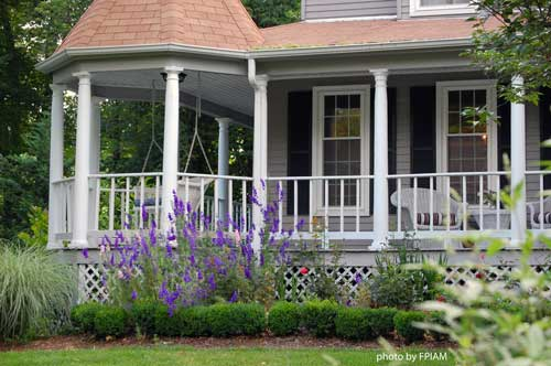 Landscaping Ideas For A House With A Front Porch : Get ready to landscape your entrance discover the day