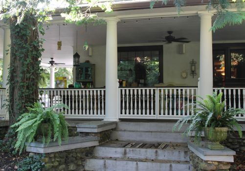 Houston Chronicle article about exterior trim