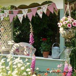 Kelly's vintage porch