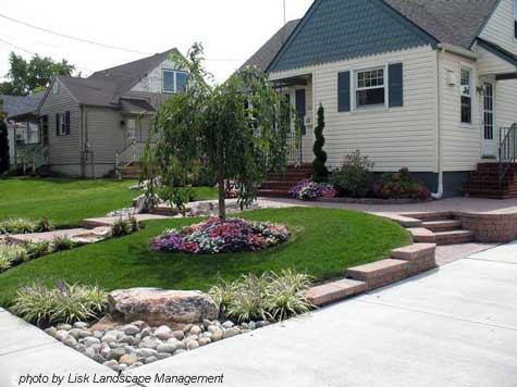 Front garden drive design ideas images for Front lawn design ideas